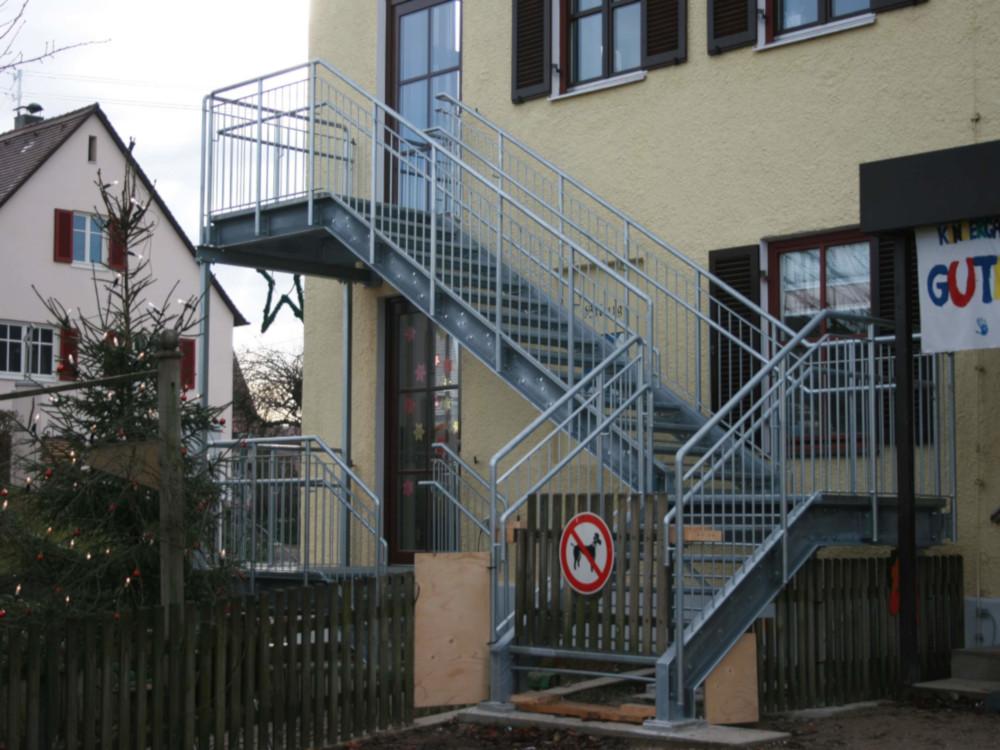 Beispiel einer Fluchttreppe - kreiert durch das Team des Ingenieurbüros Igelspacher in Neusäß